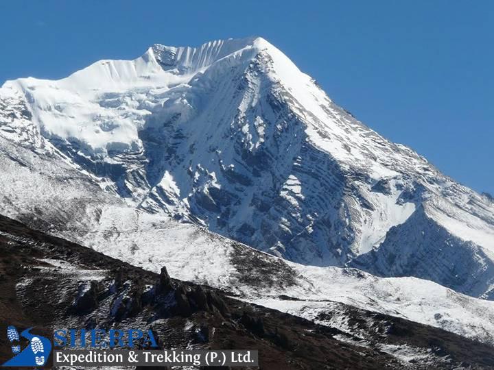 PISANG PEAK CLIMBING 6,091M/19,984FT