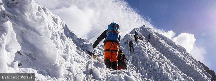 19 Days Everest Base Camp with Island Peak Climbing