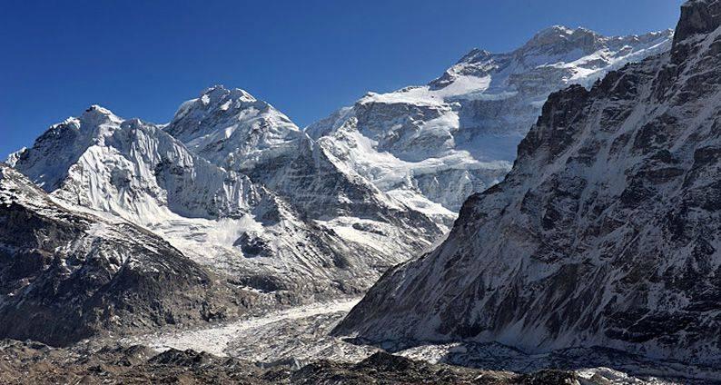 16 Days Kanchenjunga South Base camp Trek