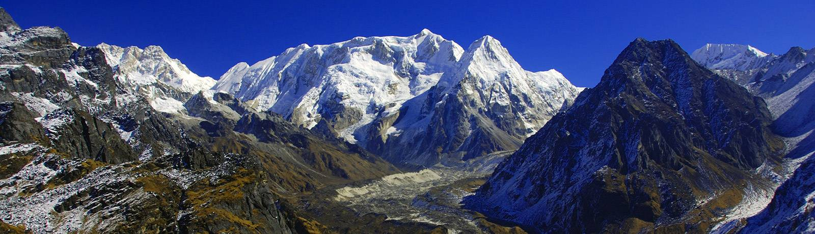 16 Days Kanchenjunga South Base camp Trek
